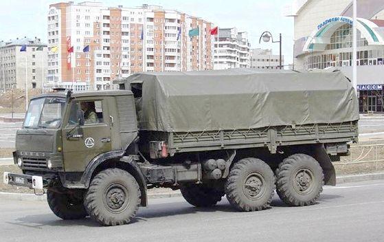 Армійський камаз 4310