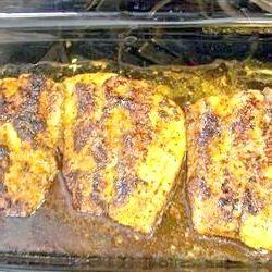 Червона риба в духовці