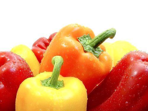 Болгарські перці, вирощування на ділянці і на підвіконні