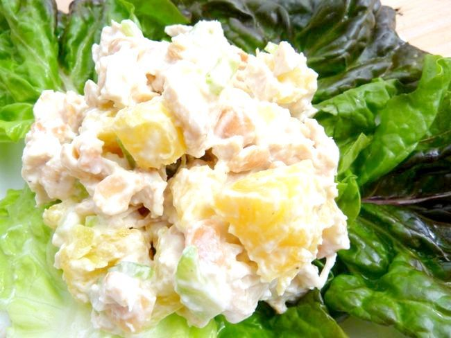 м'ясні салати на святковий стіл
