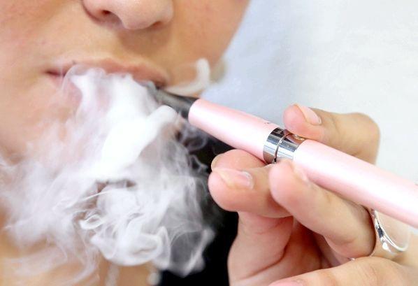 якої шкоди від електронних сигарет
