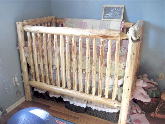 дерев'яна дитяче ліжко своїми руками