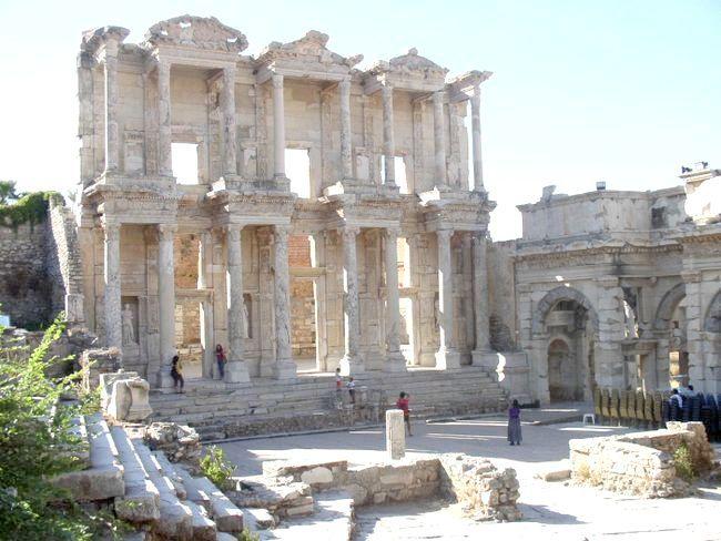 четверте чудо світу храм Артеміди в Ефесі