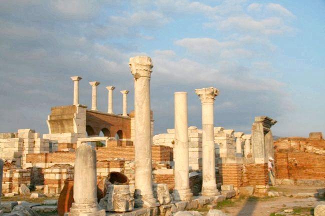 храм Артеміди в Ефесі чудо світу стародавнього світу