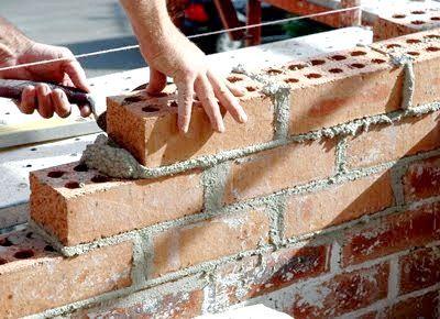 будуємо будинок з цегли