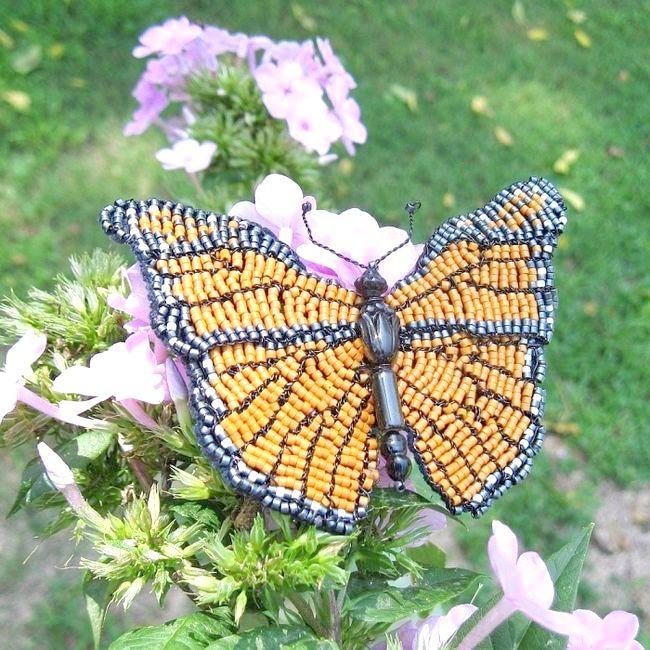 схема плетіння метелики з бісеру