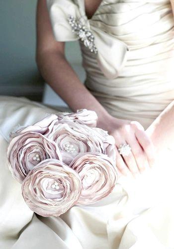 квіти з тканини прості