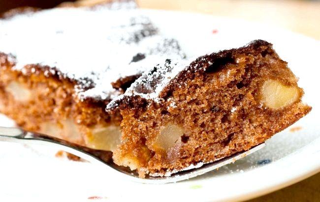 шоколадний пиріг з яблуками