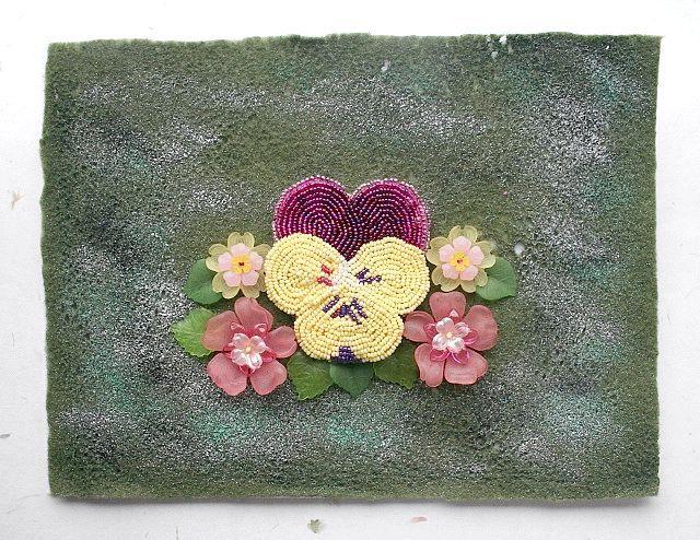 плетіння фіалки з бісеру