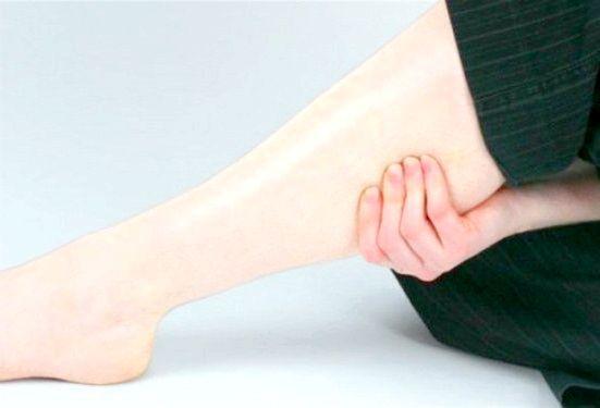 як позбутися набряків на ногах народними засобами