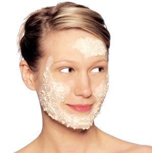 Як позбутися від волосся на обличчі