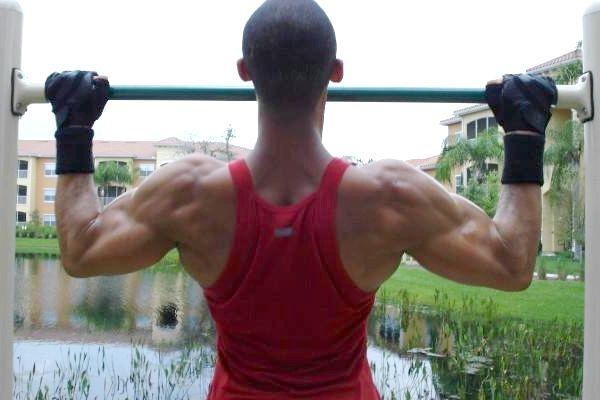 Вправи для м'язів спини будинку