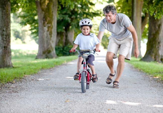 Вчимося їздити на велосипеді