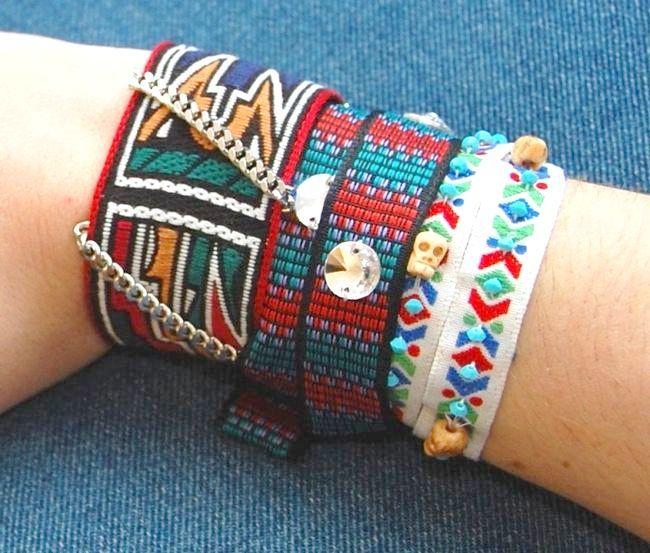 плетіння фенечек зі стрічок