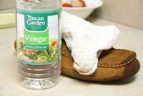чим можна почистити замшеве взуття