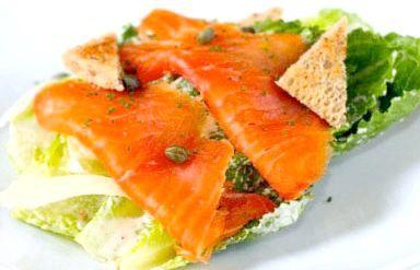 рецепт салату цезар з сьомгою