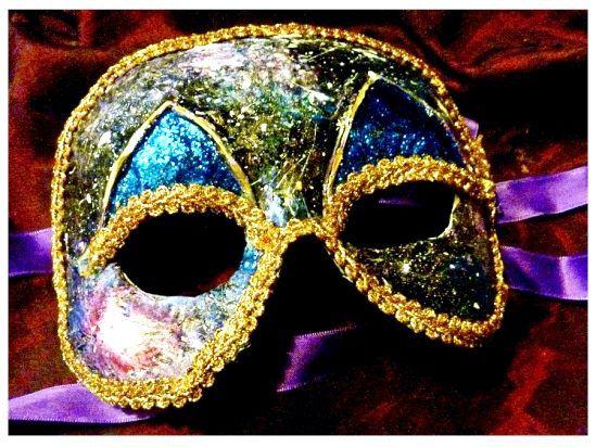 Як зробити маску з пап'є-маше? Рішення для дитячих та дорослих свят