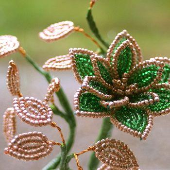 Як створювати квіти з бісеру. Майстер-клас зробить з вас професіонала