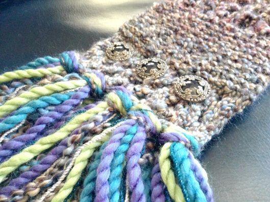 як закінчити в'язання шарфа бахромою
