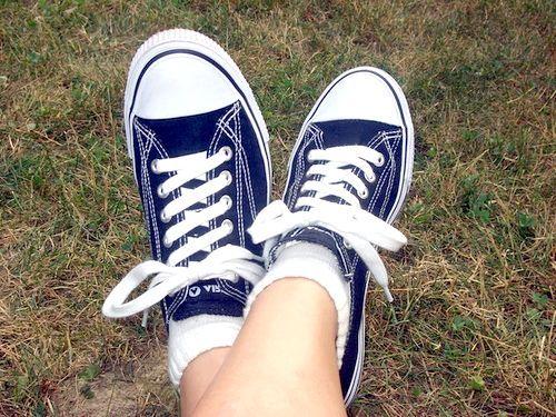 Схеми зав'язування шнурків на кедах