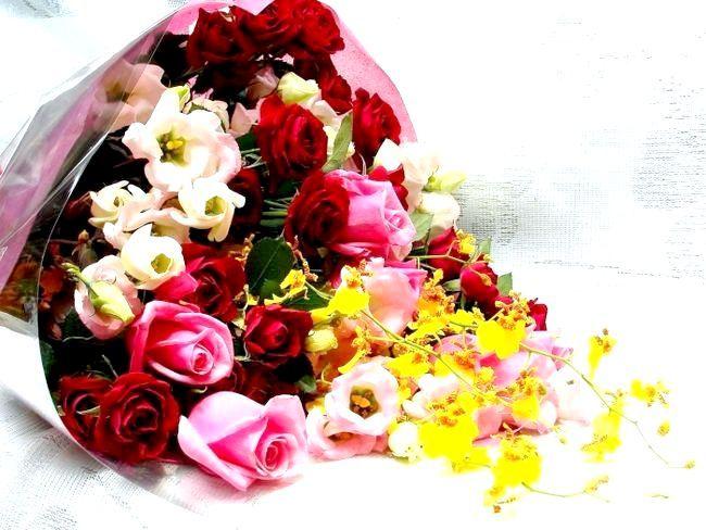 Які квіти дарують чоловікам, жінкам і на весілля?