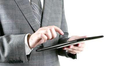 який недорогий планшет вибрати