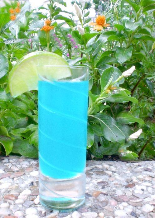 блакитна лагуна коктейль склад