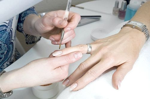 корекція нігтів ціна