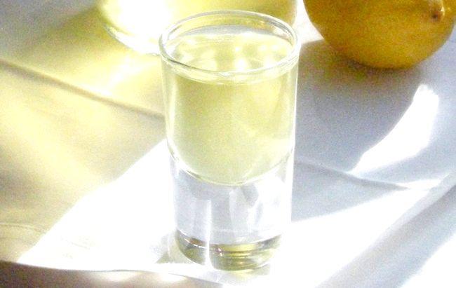 приготувати лимончелло в домашніх умовах