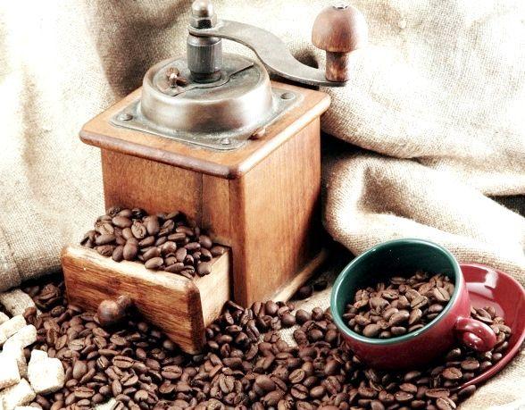 Чи потрібно молоти каву самому?