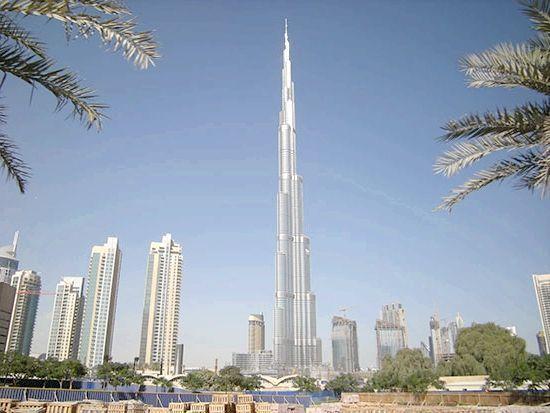 Огляд: найбільші будинки в світі
