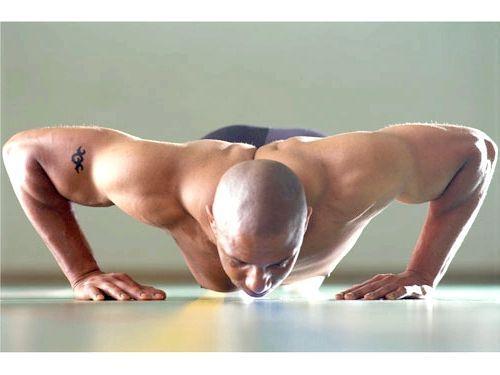 Віджимання для грудних м'язів: програма тренувань