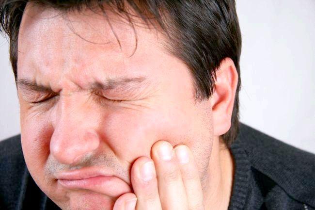 парадонтит симптоми і лікування