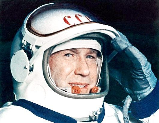 перша людина в космосі