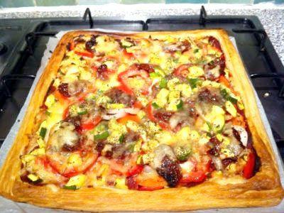 Піца з листкового тіста. Рецепти приготування