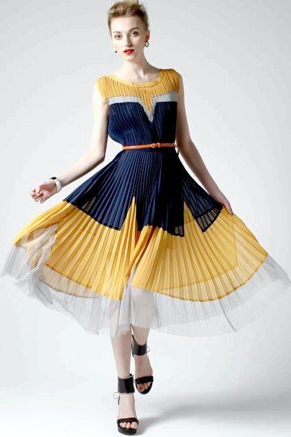 Плаття плісироване і час