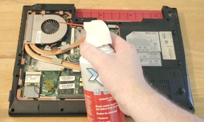 Чому гріється ноутбук, коли граєш?
