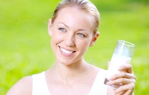 Корисні властивості і калорійність кефіру
