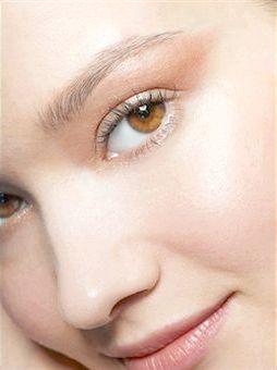 Повсякденний макіяж для різних очей