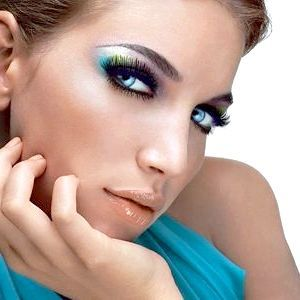 вечірній макіяж для блакитних очей