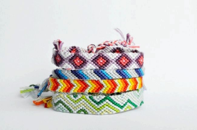 Пряме плетіння фенечек. Як плести