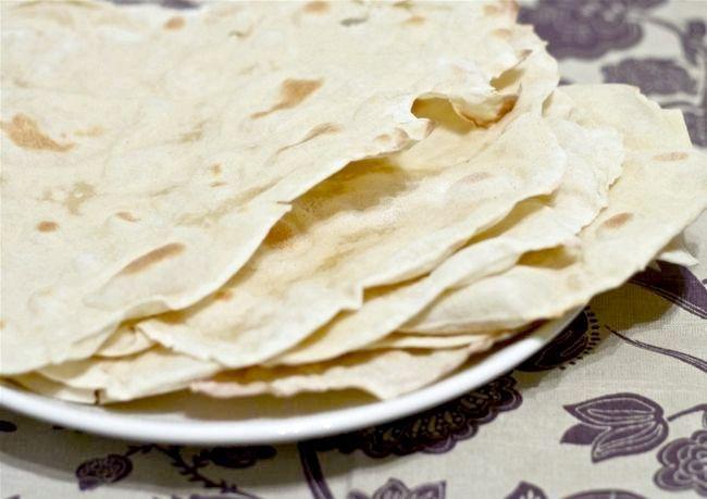 Рецепт лаваша на основі рідкого кефіру і свіжого молока