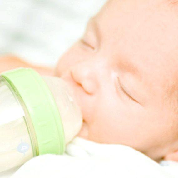 режим дня новонародженої дитини