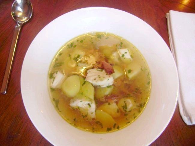 рибний суп з сайри