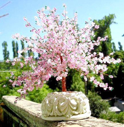 Сакура з бісеру - відмінний аксесуар для вашого будинку