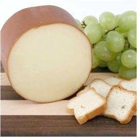 Салати з ковбасного сиру