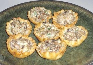 Салат в тарталетках: рецепти швидкого приготування