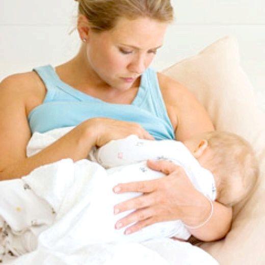 стілець новонародженого