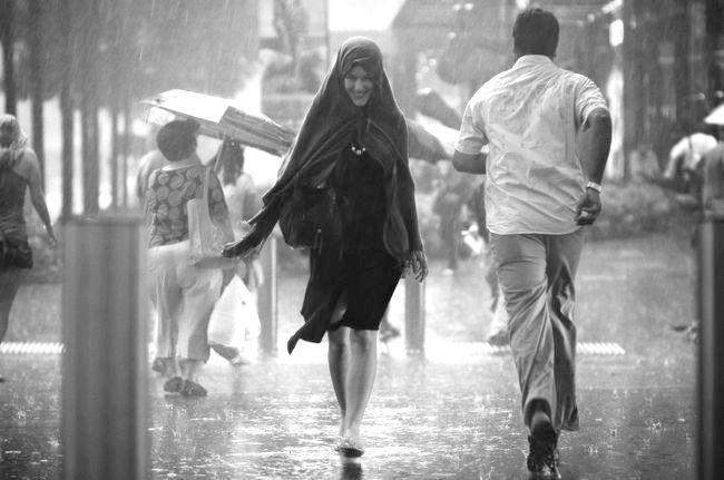 чому йде дощ