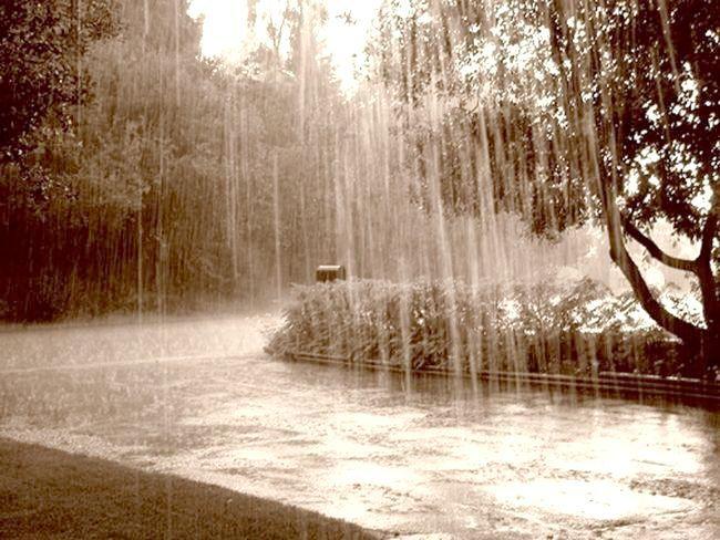 дощ іде